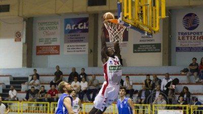 Basket – La Silver la Costa d'Orlando cerca un comodo tris