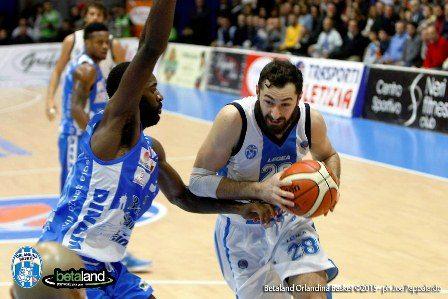 Basket: L'Orlandina saluta Nika Metreveli