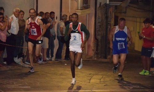 Cefalù –  Il Giro podistico internazionale di Sant'Ambrogio va al ruandese Felicien Muhitira