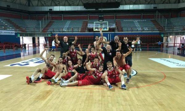 Basket – La Costa è Bellissima, 59-63 su Fabriano ed è Serie B!